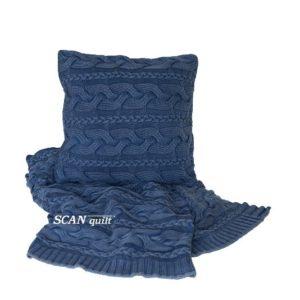 SCANquilt - pletený pléd EFEKT copánky modrá 130 x 190 cm - Atraktivní plédy a přehozy