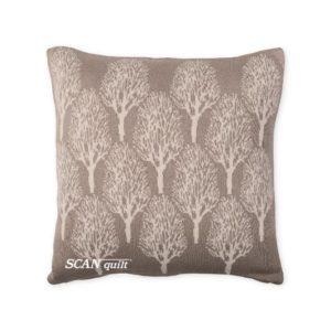 SCANquilt - pletený návlek DESIGN stromy béžová natur 45 x 45 cm - Atraktivní plédy a přehozy