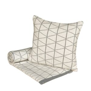 SCANquilt - pletený pléd DESIGN geo smetanovošedá 130 x 190 cm - Atraktivní plédy a přehozy
